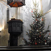 Christmas tree at St. Clement.