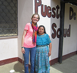 Annie Aeschbacher and Juana Herlinda in front of the Health Center in Pachaj Photo by Gonzalo Méndez Julián Yac