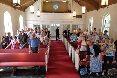Worshipers on Sunday morning at Glendale Presbyterian Church, Glendale, Mo.