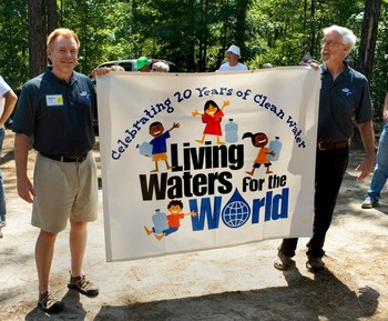 LWW executive director Steve Young (left) and founder Wil Howie