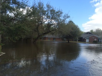 Flood waters continue to rise at the Northminster Presbyterian Church, Pearl River, La.