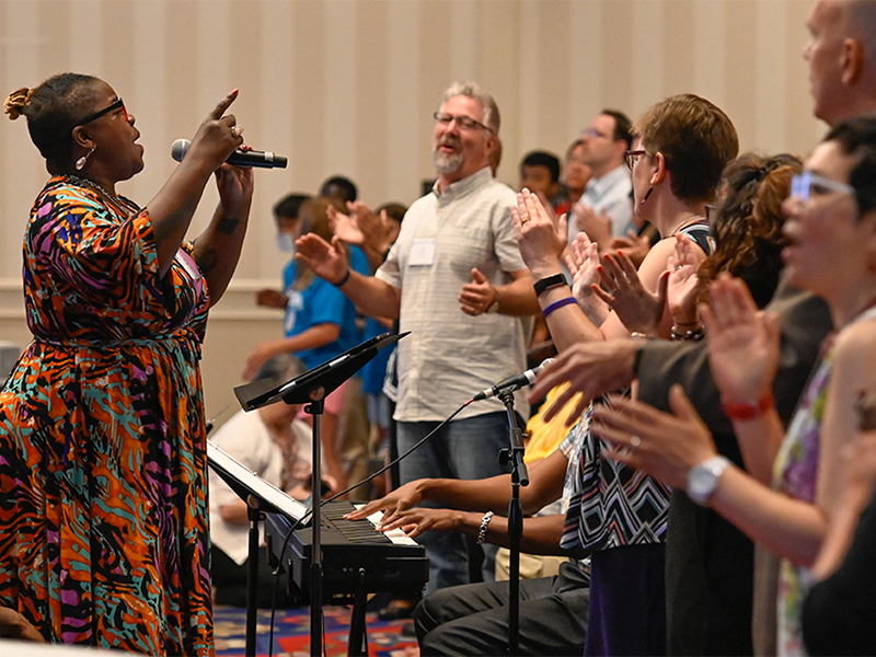 Closing worship at last year's Big Tent celebration in Baltimore. Photo by Rich Copley.