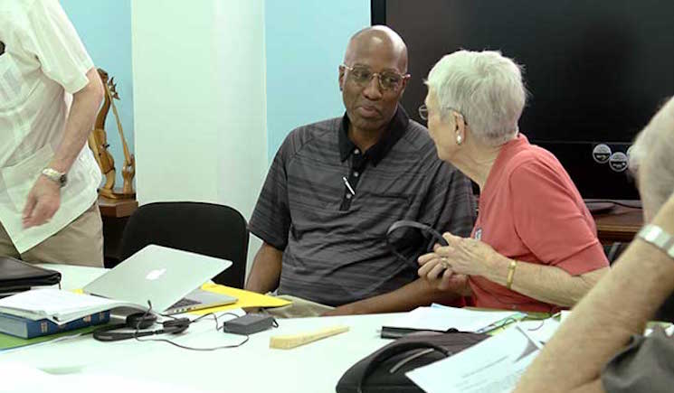 J-Herbert-Nelson-and-Pat-Metcalf-have-a-discussion-during-a-break