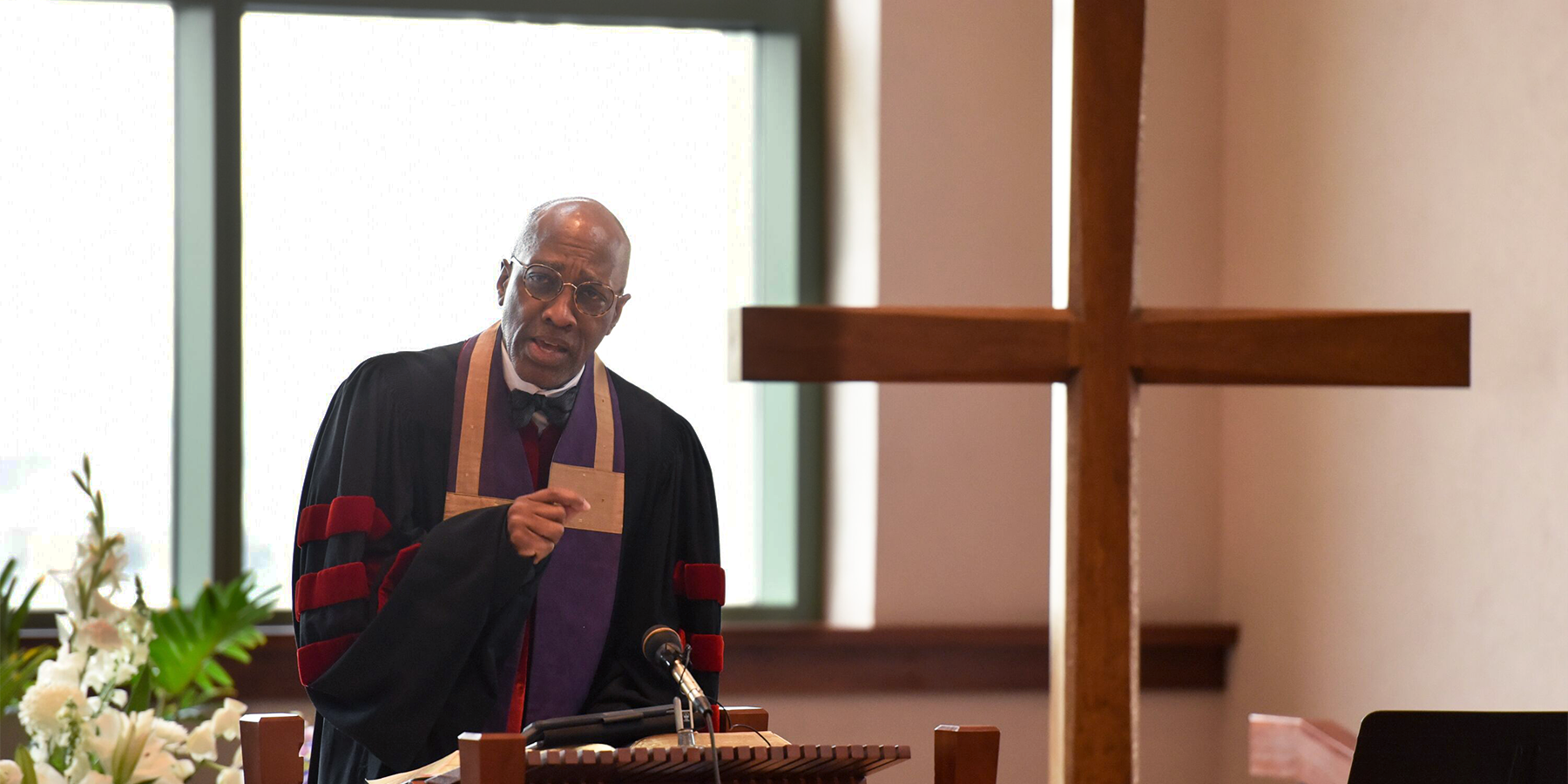 Rev. Dr. J. Herbert Nelson, II, shared his concerns regarding the cash bail system during chapel service at the Presbyterian Center in Louisville. Photo by Rich Copley.