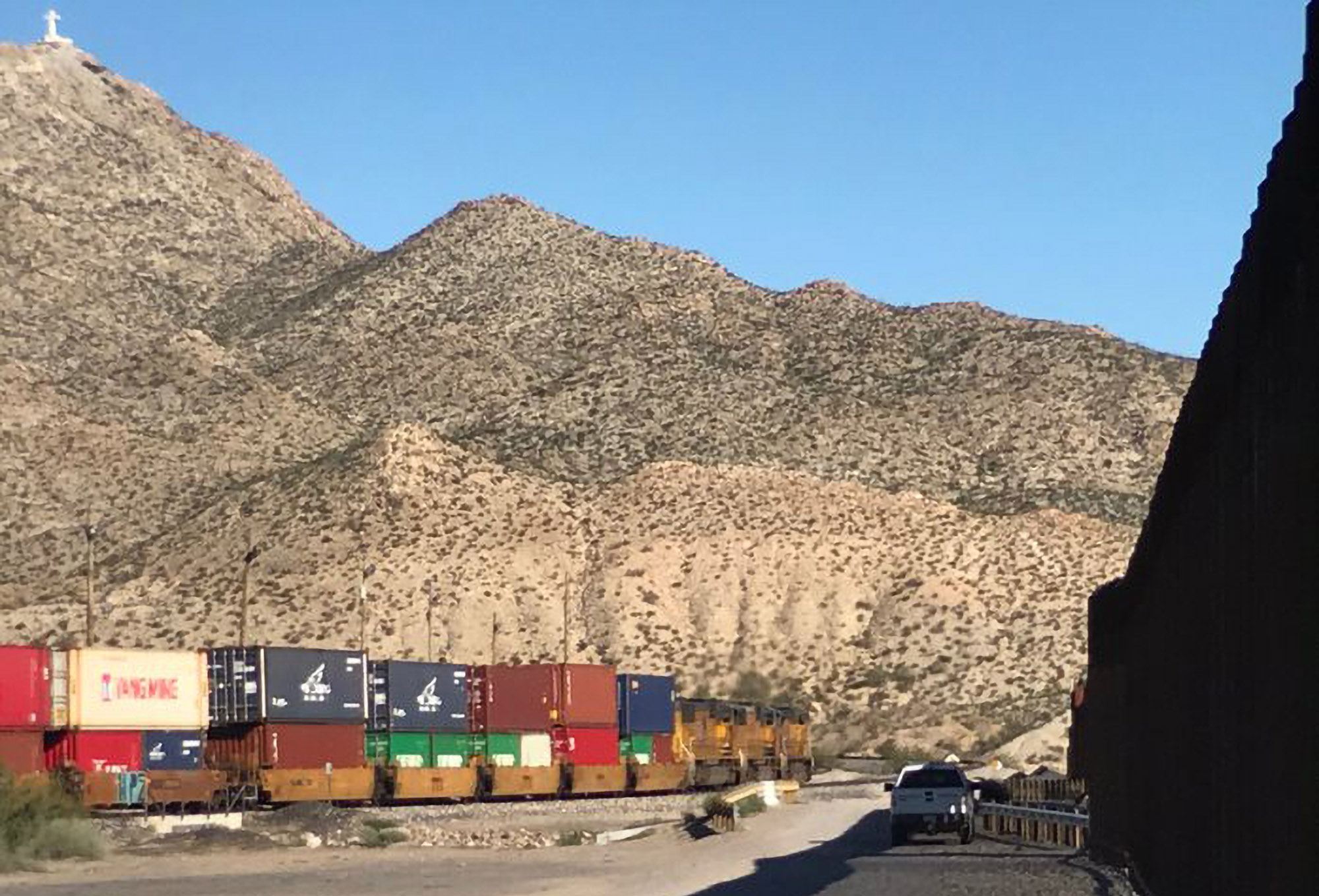The border wall between Sunland Park, New Mexico; El Paso, Texas; and Ciudad Juárez, Mexico. Photo by Teresa Waggener.