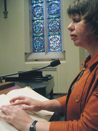 Lisa Larges uses Braille Reader while preaching at Westminster Presbyterian Church in Minneapolis, MN
